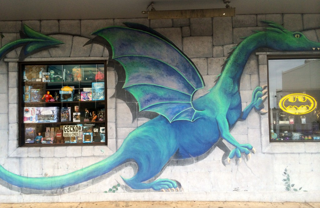 Dragon outside Gecko Comics on 12th Avenue in Honolulu