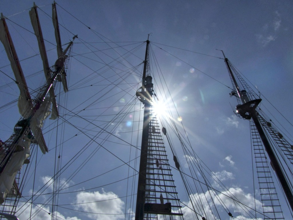 New Zealand - January 2015 - Sun Through Tall Ship 2_Copy