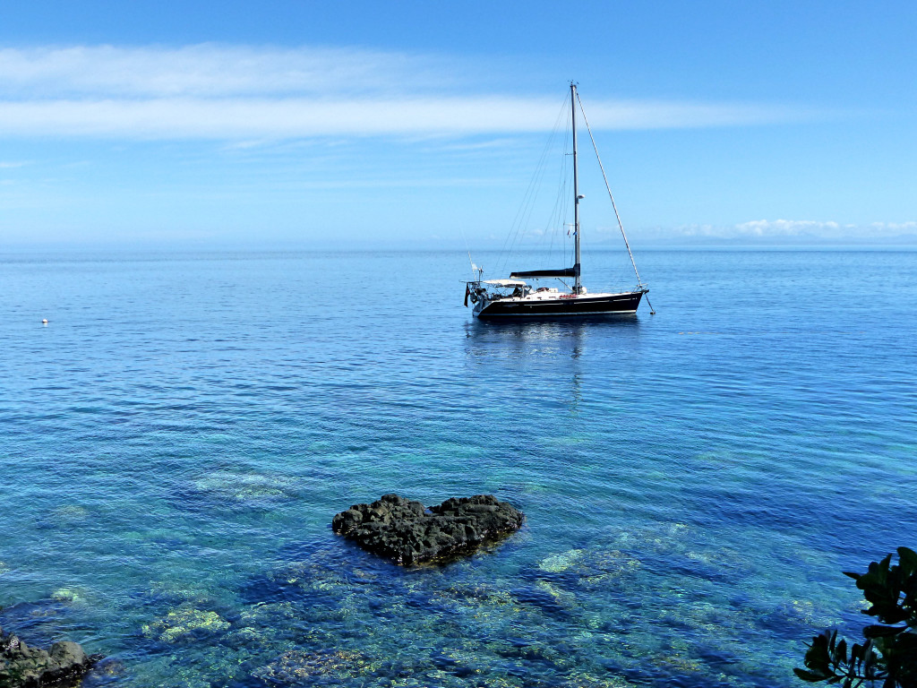 SY Amandla in Paradise Taveuni Island, Fiji