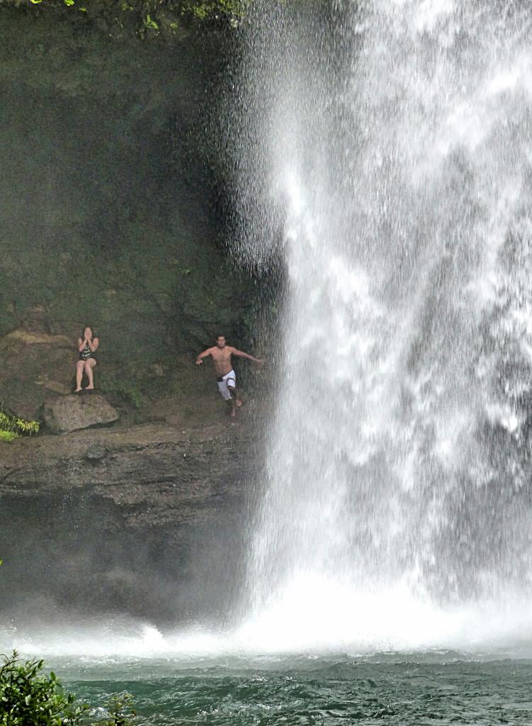 Jump! Tavoro Waterfall Taveuni, Fiji