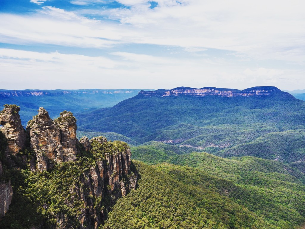 Three Sisters Viewed From Echo Point Blue Mountains